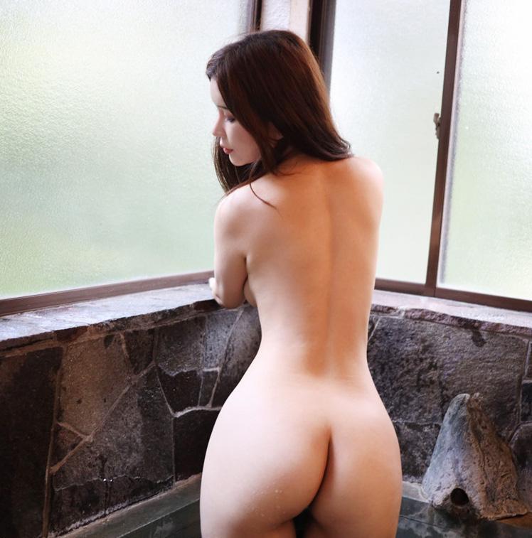 Sexy NYC Asian Escorts model